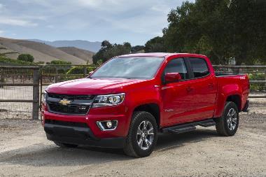 2020-Chevrolet-Colorado-front_left