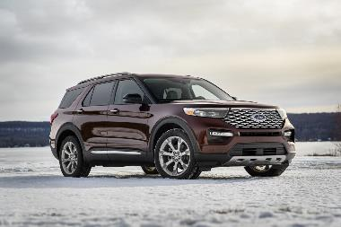 2020-Ford-Explorer-Platinum_front_right
